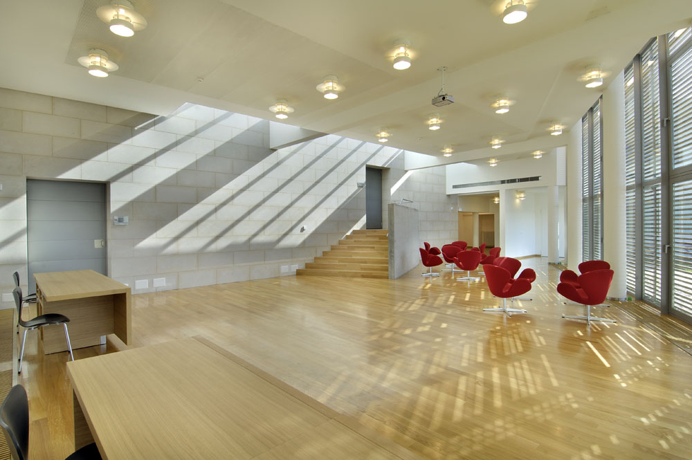 Arredamento mobili moderno per ufficio for Arredamento ufficio design